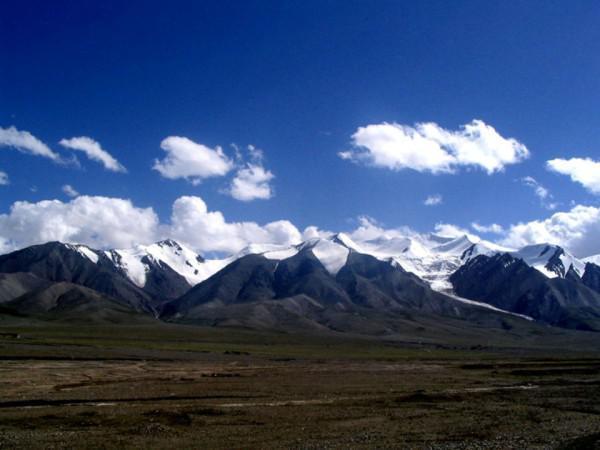 Les monts Qunlun. (Image : via wikimedia CC BY-SA 3.0)