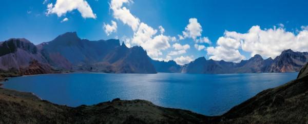 Le lac céleste. (Image : capture d'écran Youtube)