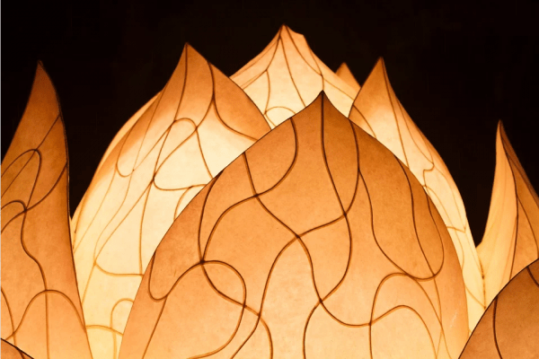 Légende Chinoise : La Lanterne Magique de Lotus