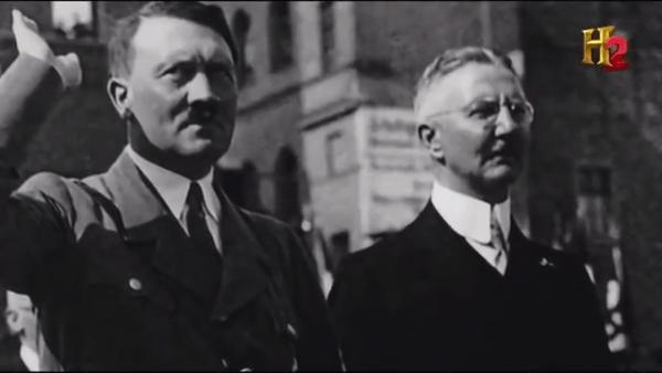 Hjalmar Schacht, directeur de la Reichsbank, était le cerveau de l'économie nazie. Il fut à l'initiative de la création de la BRI.