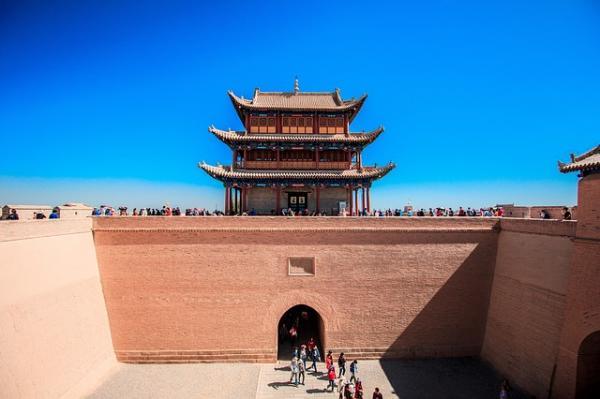À l'époque de la Route de la soie, Jiayuguan était célèbre le longde cette légendaire Routereliant les deux mondes de l'Est et de l'Ouest. (Image : 该图片由斌 余在/ Pixabay /上发布)