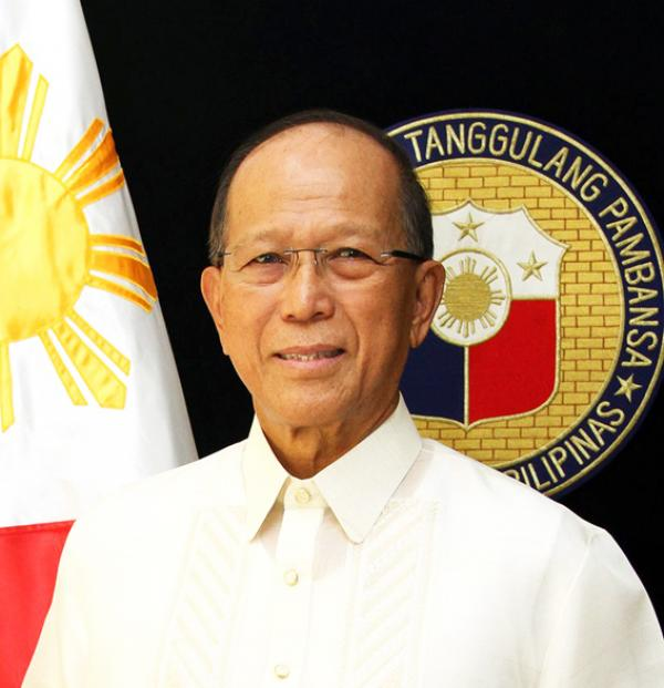 Delfin Lorenzana, secrétaire à la Défense nationale des Philippines. (Image: wikimedia)