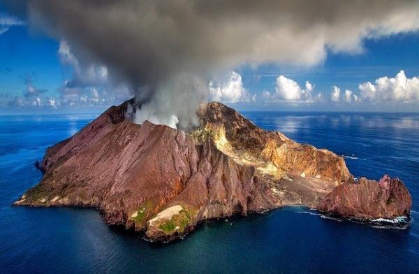 Quelle que soit l'île que vous choisissiez de visiter, vous ne serez jamais à court de paysages spectaculaires. (Image :Julius Silver/Pixabay)