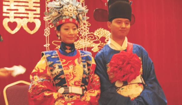 Comme dans toutes les civilisations anciennes, la philosophie chinoise traditionnelle refléte une vision anti-moderniste des genres, avec des caractéristiques déterminantes pour l'homme et la femme. (Image : Hanfu Love via flickr CC BY 2.0)
