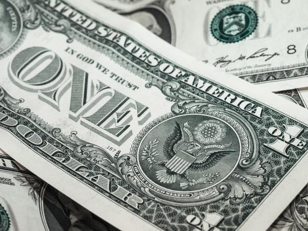 Des rumeurs suggèrent que la Chine pourrait envisager le dumping d'une partie de la dette américaine de 1 120 milliards de dollars qu'elle détient sur le marché. (Image: TBIT / Pixabay)