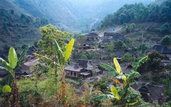 Village Manpo dans la verdure à Yunnan. (Image : Wikimedia / Doron / CC BY-SA 3.0)