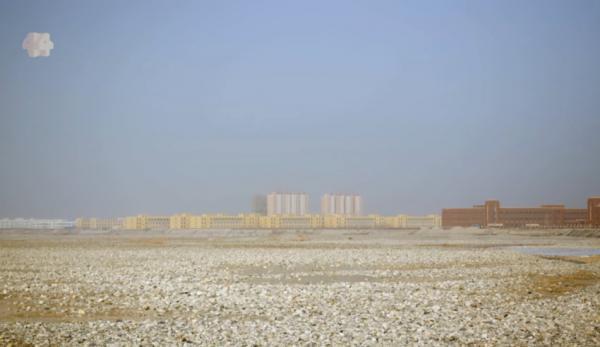 «Four Corners», une émission diffusée par la chaîne australienne ABC News, a réalisé récemment un reportage sur les camps de travaux forcés en Chine. (Image: Capture d'écran / Youtube) (Image: Capture d'écran / Youtube)