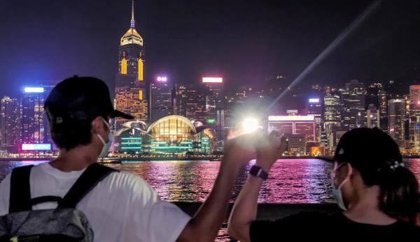 Un manifestant bravant le soleil ardent et les violences policières à Hong Kong a publié une lettre adressée à la population de Chine continentale, expliquant pourquoi, depuis le 9 juin, les manifestants à Hong Kong se battent pour la démocratie, la liberté et les droits de l'homme. (Image: Studio Incendo via flickr CC BY 2.0 )