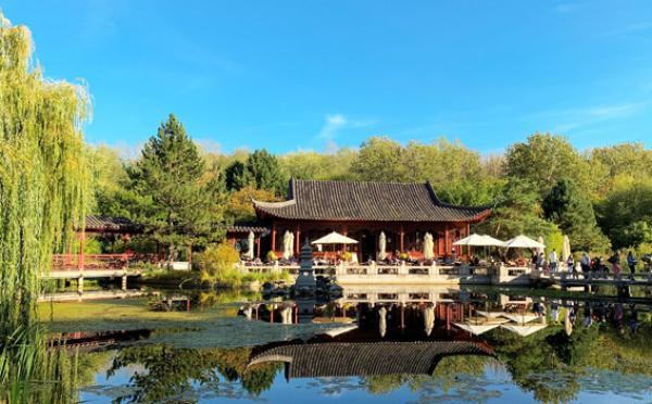 Les philosophies du confucianisme, du taoïsme et du bouddhisme ont eu un grand impact sur la façon dont les Chinois arrangeaient et décoraient leurs jardins.(Image:TreptowerAlex/Pixabay)