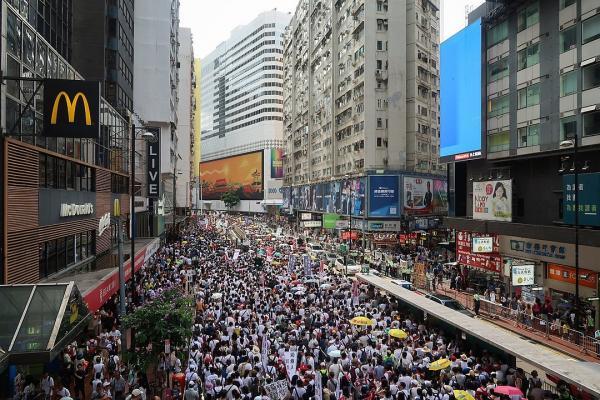 Le peuple hongkongais souhaite à tout prix conserver sa constitution et son système démocratique instaurés sous l'occupation anglaise.(Wpcpey [CC BY-SA 4.0])
