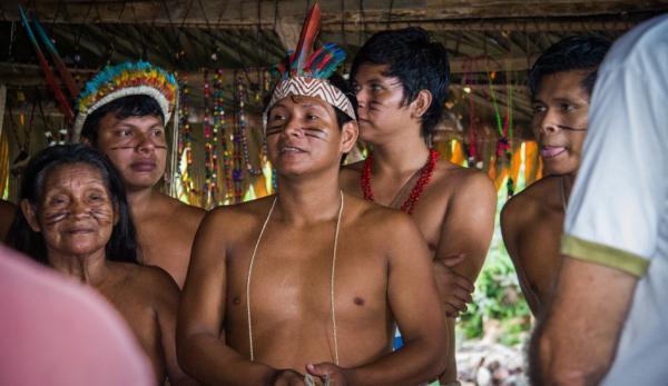De nombreuses tribus d'Amazonie disposent d'un vaste corpus de connaissances sur la flore médicinale locale. (Image : Apollo via flickr CC BY 2.0)