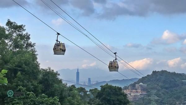 La meilleure façon de visiter Maokong est de prendre le téléphérique panoramique (Maokong Gondola). (Image: Billy Shyu / Vision Times)