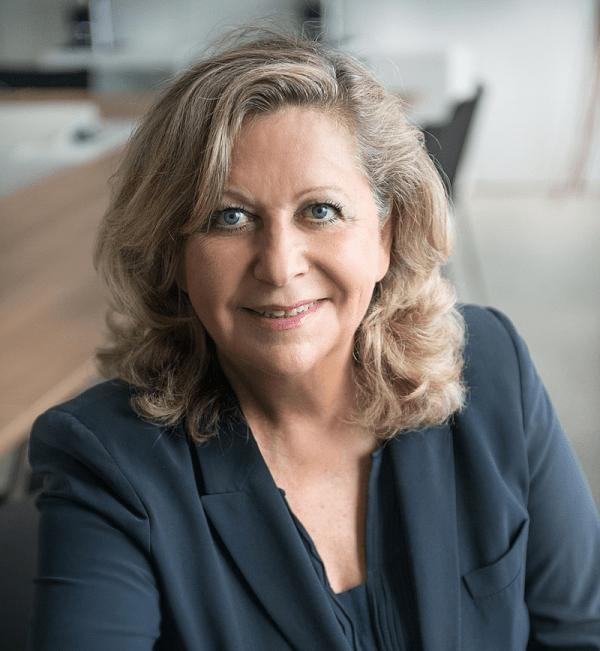 Danièle Giazzi, maire du XVIe arrondissement de Paris et candidate pour sa réélection aux municipales de 2020. ( Image : Mairie du XVIe)