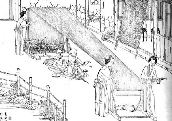 Des femmes préparant des fils de soie pour le tissage (Image : Shenyunperformingarts.org)