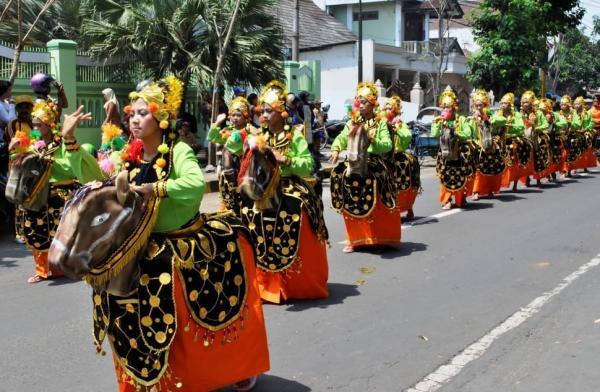 Carnaval noir traditionnel du 2 janvier. (peakpx)