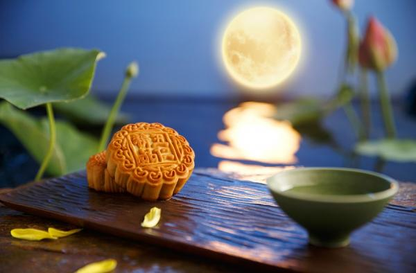 Le gâteau de lune, ou yue bing, est une pâtisserie savoureuse que l'on déguste habituellement pendant le Festival de la Lune (Image : Shenyunperformingarts.org)