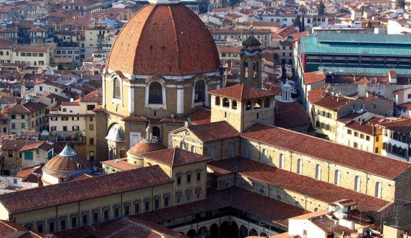 Une salle récemment découverte dans les Chapelles de Médicis à Florence contient des dessins attribués à Michel-Ange. (Image:wikimedia/CC0 1.0)