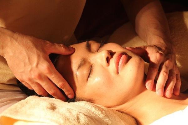 La médecine chinoise pense que l'Univers et le corps humain sont liés. (Image : Kai Miano/Pixabay)