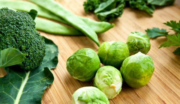 Le printemps est le moment idéal pour privilégier la consommation d'aliments de couleur verte. (Image :Vegan Photo/flickr/ CC BY 2.0)