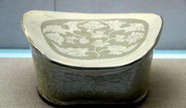 Les oreillers en porcelaine étaient au sommet de leur popularité pendant la dynastie des Song en Chine. (Image : flickr / CC0 1.0)