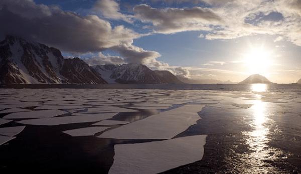 La fonte massive de la calotte glaciaire de l'Antarctique occidental a été le principal déclencheur de la hausse du niveau des mers lors du «dernier âge interglaciaire», il y a environ 129 000 - 116 000 ans. (Image : Jason Auch/wikimedia /CC BY 2.0)