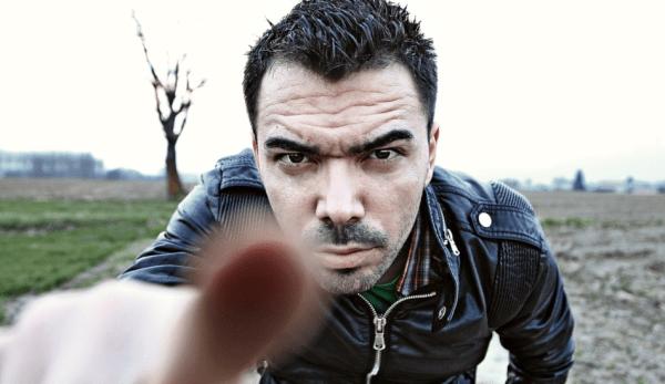 Pointer quelqu'un du doigt est considéré comme très impoli en Chine. (Image: pixabay / CC0 1.0)