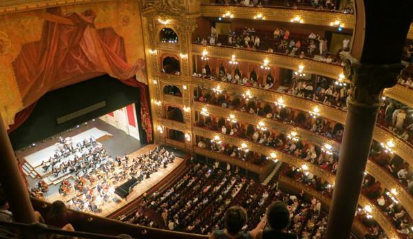 L'environnement orchestral n'est peut-être pas suffisamment attirant pour que les gens aient envie de s'asseoir pour  assister à une représentation. (Image : pixabay / CC0 1.0)