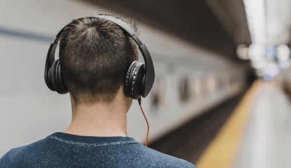 Une étude a montré que les gens qui écoutent de la musique classique le font pour différentes raisons. (Image : pexels / CC0 1.0)