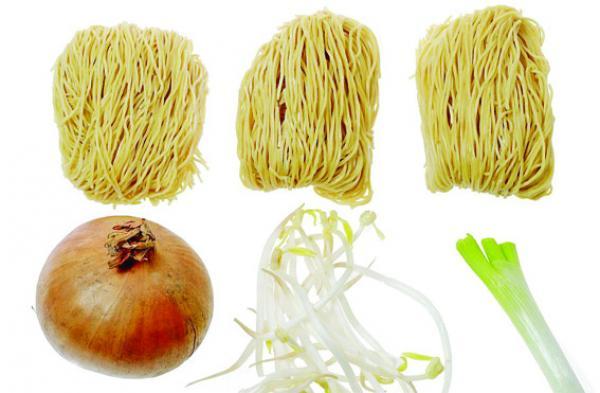 Recette: Nouilles sautés aux germes de soja