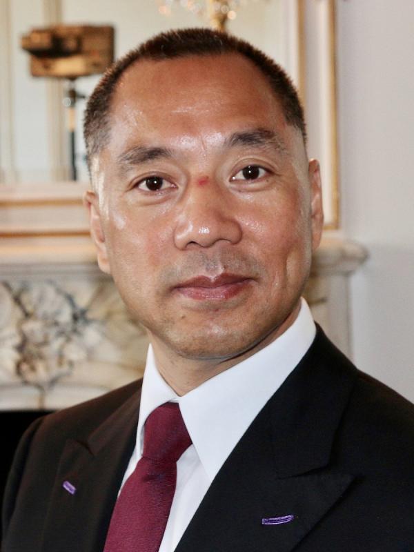 «En 2012 un agent secret des services de renseignement communistes chinois est venu me demander si je voulais investir», a déclaré le milliardaire en exil Guo Wengui. (Image : Wikimedia / 美国之音东方拍摄 / Domaine Public)