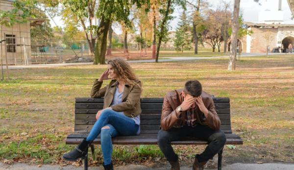 Lorsque toute la colère refoulée explose de manière incontrôlable, les relations sont détruites.
