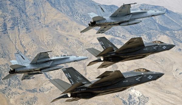 Une disposition a été suggérée à la US National Defence Authorization Act, prévoyant de bloquer le stationnement de nouveaux avions dans les bases militaires des pays qui utilisent des fournisseurs à risque pour leurs réseaux de communication 5G ou 6G.(Image :pixabay/CC0 1.0)