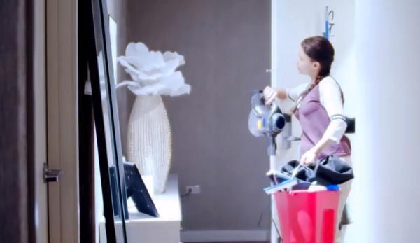 Les conditions de travail des employés domestiques aux États-Unis ne sont pas très différentes de celles de l'Inde. (Image : Capture d'écran /YouTube)