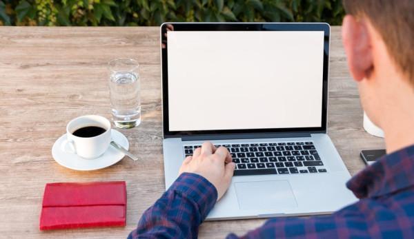 Permettre aux gens de travailler en ligne peut non seulement stimuler la productivité, mais aussi réduire les coûts d'exploitation. (Image :pixabay/CC0 1.0)