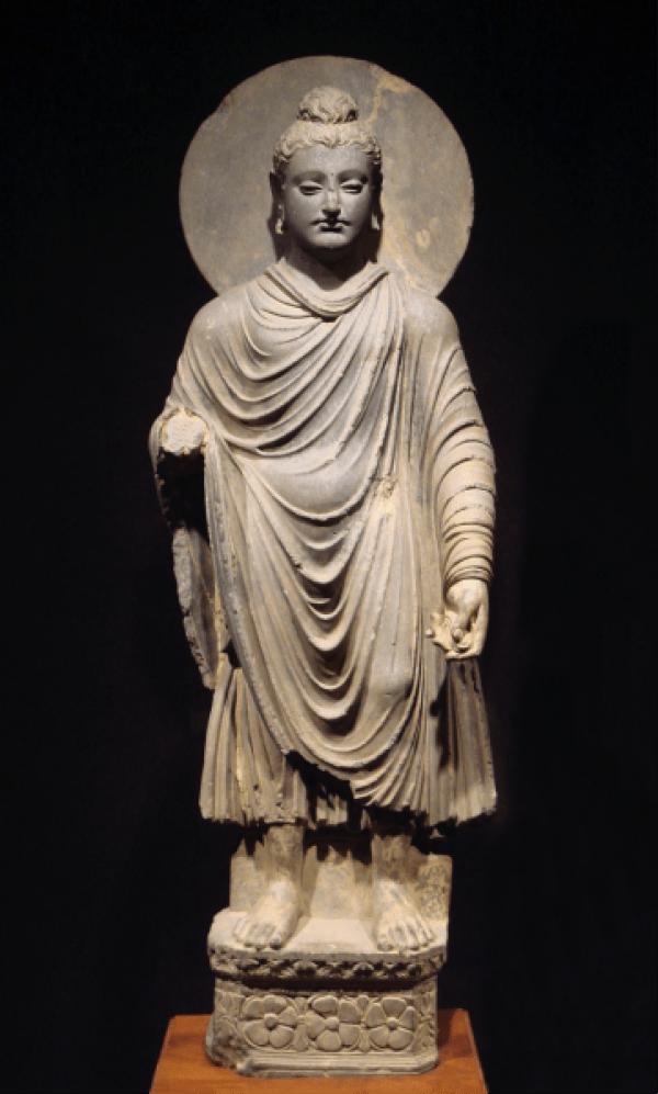 Bouddha du Gandhara. Cette statue est un exemple de l'art occidental imprégné de pensées et de croyances orientales. (Image :wikimedia/CC0 1.0)