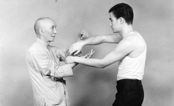Bruce Lee et la sagesse Taoïste : savoir être comme l'eau