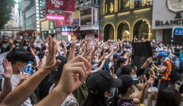 Hong Kong: un 1er juillet de protestation et de manifestation