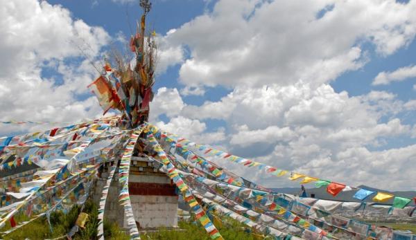 Pékin retire les drapeaux de prière du Tibet. (Image :Pixabay/CC0 1.0)