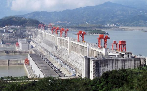 Combien de temps le barrage des Trois-Gorges peut-il résister ?