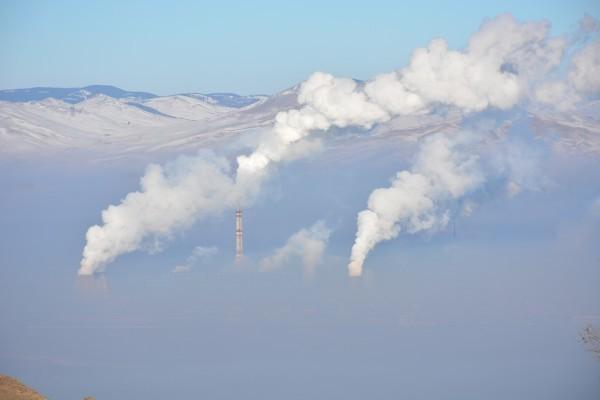Une étude menée dans dix grandes villes par IQAir, une société mondiale d'information et de technologie sur la qualité de l'air, a révélé que les matièresparticulaires (PM, particulate matter), de très petites particules atmosphériques nocives pour la santé, ont diminué de 60 % au cours d'une période de confinement de trois semaines. (Image :pixabay/CC0 1.0)