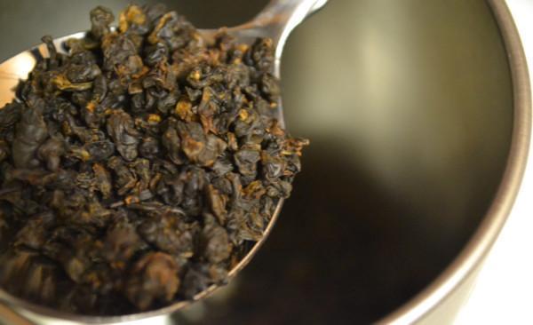 Le thé Oolong a le goût moelleux du thé noir ainsi que le parfum frais du thé vert. (Image : Ty Konzak/flickr /CC BY 2.0)