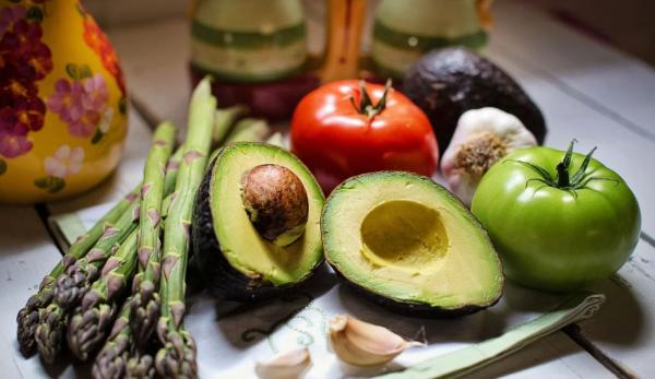 Lorsqu'on adopte un régime vegan, on doit tenir compte de l'apport en nutriments. (Image: Pixabay/CC0 1.0)