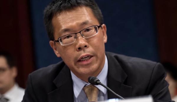 L'avocat universitaire Teng Biao a été kidnappé, porté disparu et torturé durant son enlèvement en Chine. (Image : Capture d'écran / YouTube)