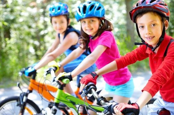 L'activité physique favorise une croissance et un développement sains. (Image :Sylwia Aptacy/Pixabay)