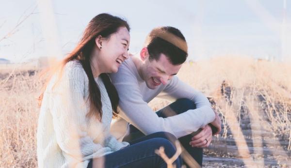 Le dicton selon lequel le rire est le meilleur remède peut nous sembler exagéré, mais en fait le rire est bien un antidote naturel. (Image :Pixabay/CC0 1.0)