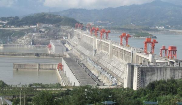Inquiétudes concernant le barrage des trois gorges en Chine