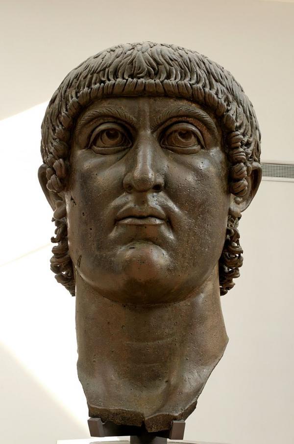 Buste colossal de Constantin Ier, bronze du IVesiècle, musées du Capitole. (Image : Wikimedia / Capitoline Museums / Domaine public)