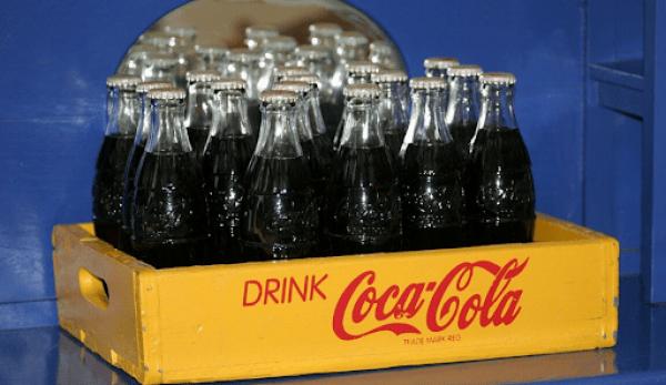 Le fructose est présent dans de nombreuses boissons gazeuses. (Image : Pixabay/CC0 1.0)