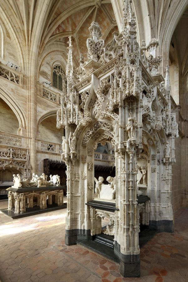 Eglise Saint-Nicolas-de-Tolentin de Brou, tombeaux de Marguerite d'Autriche et de Philibert le Beau. (Image : © David Bordes - CMN.jpg – Photo de presse)