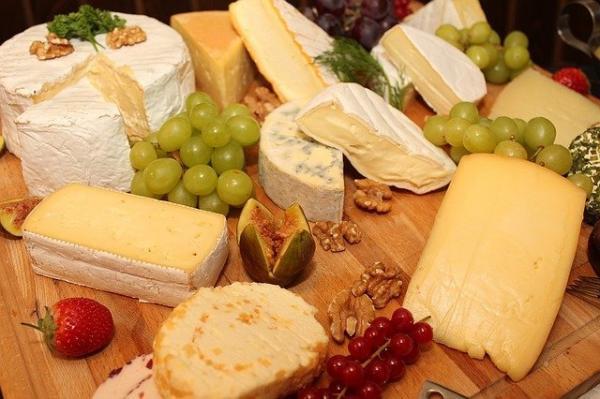 Les fromages à pâte dure se digèrent mieux le matin. (Image :HNBS/Pixabay)